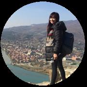 Team_Community Manager_Maria-01